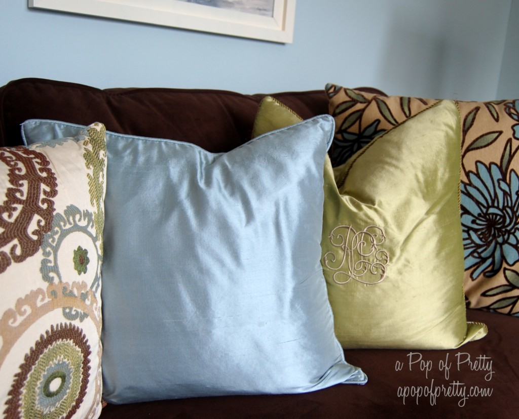 brown blue living room decor