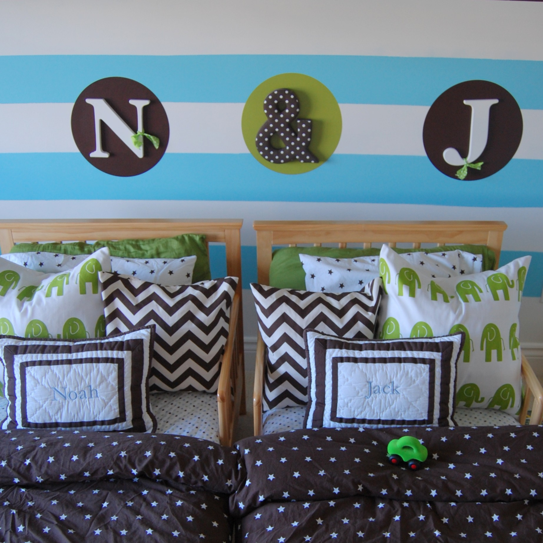Room Makeover: Twin Boy Nursery To Toddler Room (without