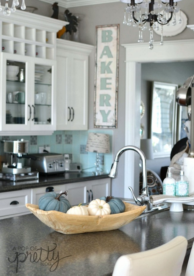 Canadian Bloggers Home Tours: Our Fall Home