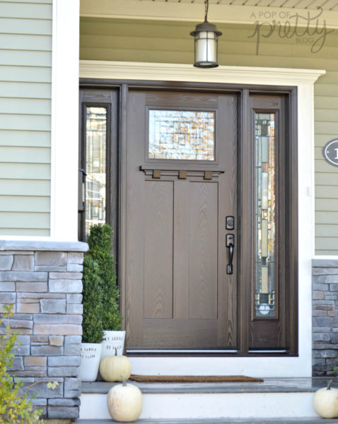 Best front doors for every home style masonite a pop for Masonite exterior doors